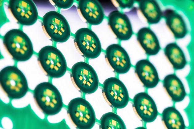 6 slojno vezje za senzorsko tehniko